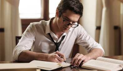 4 Reasons Why Writing Can Make You a Better Reader